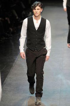 Dolce & Gabbana | Fall 2010 Menswear Collection | Style.com