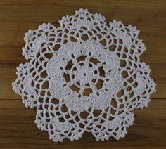 Barato Handmade Crocheted Doilies assimétrica linda toalha de 20 cm toalha de crochê apliques 20 pçs/lote imagem física 100%, Compro Qualidade Tapetes e pads diretamente de fornecedores da China:                                   Nota      &nbs