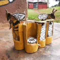 Project Based Learning, Kids Learning, Honey Bee Life Cycle, Bee Rocks, Art For Kids, Crafts For Kids, Bee Crafts, Bee Theme, Save The Bees