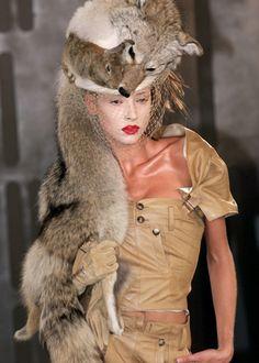 Christian Dior Fall 1999 Haute Couture