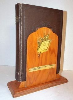 Vintage-1963-Handcrafted-Wood-BIBLE-STAND-Wooden-Display-Decoupaged-Holder