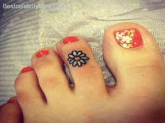 cool 10 Terrific Toe Tattoo Designs