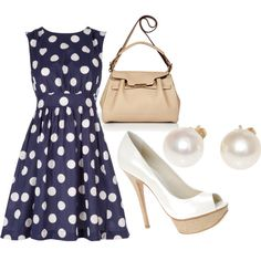 This is adorable, I love navy themed clothes. The only things I'd add is a nautical necklace and a chunky red belt