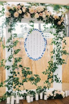 Best wedding decor of the day with 21 Images « Vital DIY Reception Seating Chart, Wedding Reception Seating, Seating Chart Wedding, Seating Charts, Rustic Wedding Decorations, Flower Decorations, Blue White Weddings, Popular Wedding Colors, Floral Backdrop