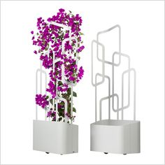 Paro planter. Paravents  FLORA's German-made functional high-quality room dividers, paravents or screens ensure privacy in gardens, entrances and on terraces etc. These separation elements for indoor  or outdoor areas of restaurants and hotels are available in different heights, widths and shapes – fixed or mobile. They can be individualized by patterns or decorative designs and combined by planters or with lightening. FLORA products help planners to develop customised and unique…