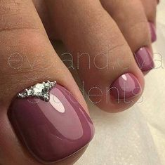 32 ideas for french pedicure designs toes Fancy Nails, Pretty Nails, Pretty Pedicures, Hair And Nails, My Nails, Shiny Nails, Nagel Stamping, Manicure E Pedicure, Pedicure Ideas