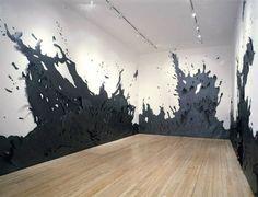 Elles sont  l'oeuvre d'Andreas Kocks, qui fait dans le gigantisme avec ses fresques de papier relevées parfois d'une touche de graphite.