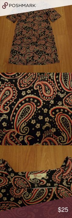 Perfect! ARYEH Stretchy Sheath Dress Sz L Perfect condition paisley print Aryeh dress with subtly squared neckline. Very classy. Stretchy in a size large.  Check out my other listings! I love to give discounts for bundles!!!  From a smoke free home. Aryeh Dresses
