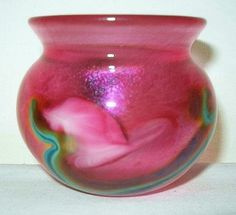 small SYMPHONY of COLORS Signed HEER LOTTON STUDIOS 1996 IRIDESCENT Glass VASE