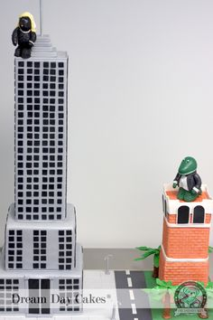 Cake- use idea for Williams cake- add spiderman web somewhere.