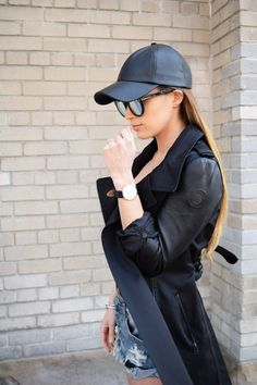 2d4bc09c3e Gorgeous Toronto blogger Jodi Blackburn layers a trench over our One  Teaspoon