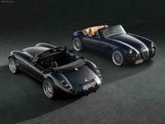 The Wiesmann Roadster scores high on my ultimate dream list. The retro feel with modern Hi Tech finish fits my non mainstream desires to a 'T'. Top Gear, Ford Mustang V8, Roadster, Gt Cars, Race Cars, British Sports Cars, Car Posters, New Engine, Car Wallpapers