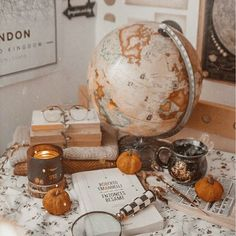 Discovered on We Heart It! aesthetic Image about girl in Autumn 🍁🍂🎃 by 🦋 on We Heart It