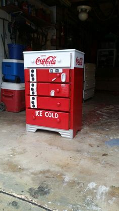 Coca-Cola dresser made from up cycle materials. Diy Furniture Easy, Country Furniture, Funky Furniture, Refurbished Furniture, Repurposed Furniture, Furniture Makeover, Painted Furniture, Furniture Ideas, Bedroom Furniture