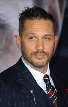 """Actor Tom Hardy arrives for Premiere Of Columbia Pictures' """"Venom"""" held at Regency Village Theatre on October 2018 in Westwood, California. Get premium, high resolution news photos at Getty Images Gerard Butler, Tom Hardy Pictures, Tom Hardy Haircut, Tom Hardy Actor, Richard Gere, Christopher Nolan, Columbia Pictures, Taylor Kitsch, Karl Urban"""