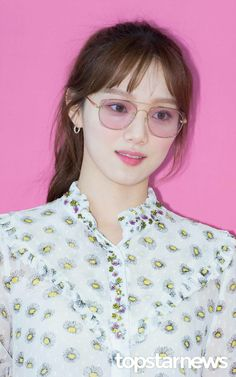 Lee Sung Kyung / South Korean Actor / So beautiful Sung Hyun, Lee Sung Kyung, Korean Celebrities, Korean Actors, Romantic Doctor, Weightlifting Fairy Kim Bok Joo, Korean Model, Actor Model, Korean Beauty