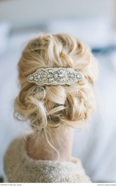 A romantic, messy bridal updo and headpiece for a wedding. Discover how Vênsette can craft custom beauty looks for your special moment: http://vensette.com/bridal_inquiries