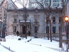 The Dow House - Place du Frère André at Rene-Levesque & Union Montreal, Places, Photos, House, Outdoor, Noel, Outdoors, Pictures, Home