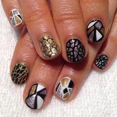 Geometric Vacation Nails #gaudi #sagradafamilia #nailart...