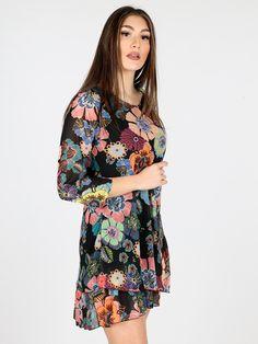 a17d7128ce7c Vestito midi con maniche 3 4 e stampa fiori