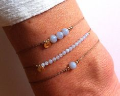Blue Lace Agate sur bracelet de soie - Intention de cristal de guérison : « la paix profonde »
