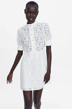 ZARA - Female - Lace dress with jewel button - Off-white - Xxl Poplin Dress, Belted Shirt Dress, Jumpsuit Dress, High Street Fashion, Dress With Bow, Lace Dress, High Collar Dress, Rustic Dresses, Online Zara