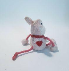 rabbit bunny pink plushy stuffed animal, used in VGC  #Unbranded Plushies, Dinosaur Stuffed Animal, Rabbit, Bunny, Toys, Pink, Animals, Activity Toys, Rabbits