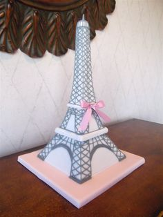 3D Grey and Pink Eiffel Tower Cake