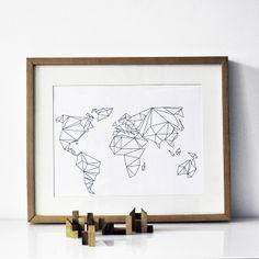 Poster mit geometrischer Weltkarte // Print Geometrical World by na.hili via DaWanda.com