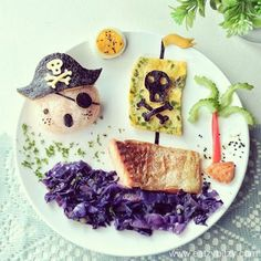 Yo Ho Ho 💀 Remake of a Pirate themed food art I did almost 2 years ago with different ingredientsthia time. Pirate Themed Food, Pirate Food, Food Design, Baby Food Recipes, Cooking Recipes, Cooking Kids, Cooking Food, Kreative Desserts, Food Art For Kids