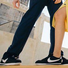 #ELLEeNIKE: 45 anos depois o #Cortez ainda é um dos tênis mais amados e icônicos da @nikesportswear e está voltando com tudo! Saiba daqui a pouco quem são os rostos que interpretaram este clássico a convite da ELLE que tem tudo para virar o grande hit do street style (de novo!). Deslize para ver os três modelos que entraram à venda hoje! #nikesportswear  via ELLE BRASIL MAGAZINE OFFICIAL INSTAGRAM - Fashion Campaigns  Haute Couture  Advertising  Editorial Photography  Magazine Cover Designs…