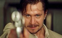 Gary Oldman - one of the best movie villain actors of all times as Leon in the Professional Actor Secundario, Best Actor, Actor Gary Oldman, The Professional Movie, Mathilda Lando, Blake Steven, Gangster Films, Nathalie Portman, Luc Besson