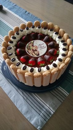 Uschis Tiramisu-Torte Uschis tiramisu cake, a tasty recipe from the category pies. Ratings: Average: Ø Uschi's tiramisu cakeUschi's tiramisu cakeUschi's tiramisu cake Pie Recipes, Baking Recipes, Cookie Recipes, Homemade Pie Crusts, Homemade Apple Pies, Dessert Oreo, Pumpkin Dessert, Pumpkin Cheesecake, Tiramisu Cake