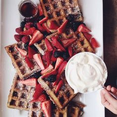 awesome, breakfast, bright, chocolate, colorful, comidas, creme, delicious, dessert, eat, food, fruit salad, good, gourmandise, healthy, idea, inspiration, photography, rainbow, sparkles, strawberry, sugar, summer, sweet, tasty, waffles, yummy