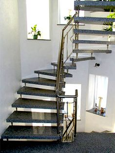 89 best granittreppen images on pinterest stair steps ad home and awesome things. Black Bedroom Furniture Sets. Home Design Ideas