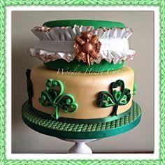 Saint Patrick's Day Cake #stpatricksday #shamrock #celtic