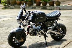 Racing Cafè: Honda Gorilla by All L Shop Mini Motorbike, Motorcycle Icon, Pit Bike, 50cc, Red Dog, Cars And Motorcycles, Motorbikes, Cubs, Minions