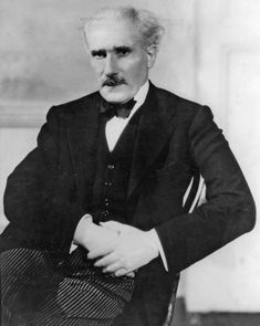 Arturo Toscanini. He was an Italian conductor. One of the most acclaimed musicians of the late 19th and 20th century, he was renowned for his intensity, his perfectionism, his ear for orchestral detail and sonority, and his photographic memory.[1] As music director of the NBC Symphony Orchestra he became a household name (especially in the U.S.) through his radio and television broadcasts and many recordings of the operatic and symphonic repertoire.