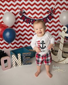 Party in style with this adorable custom cake smash shirt! Cake smash shirt can be long or short sleeved and bodysuit or regular styled shirt.
