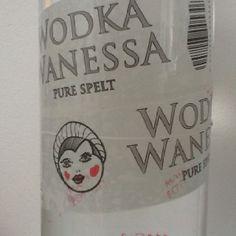 Wanessa loves tape Tapas, Lemonade, Vodka, Pure Products, Drinks, Bottle, Drinking, Beverages, Flask