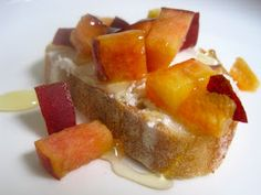 Peach, Goat Cheese and Honey Crostini