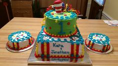 Thing 1 and Thing 2 birthday cake and smash cakes.