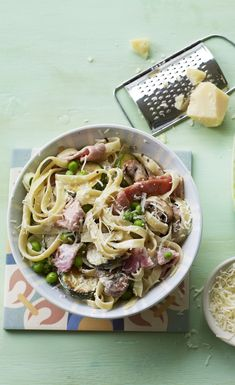 Pack out your tagliatelle carbonara with plenty of veg and keep it healthy. Healthy Pasta Recipes, Healthy Pastas, Cooking Recipes, Low Calorie Pasta, Low Calorie Dinners, Savoury Dishes, Savoury Recipes, Italian Recipes, Italian Meals