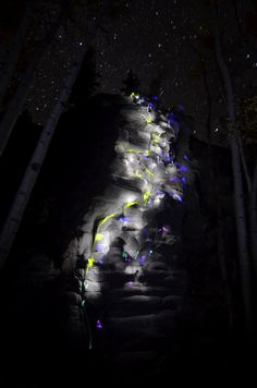 insolite baton escalade lumiere lumineux