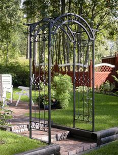 Makes entering your garden something special. Decorate with roses, clematis or your favourite climbing plants. Arbor Gate, Metal Arch, Love Garden, Garden Ideas, Trellis, Wrought Iron, Fence, Outdoor Structures, Exterior