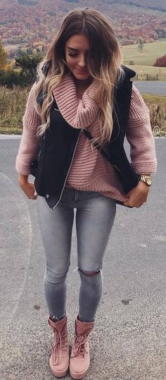 how to wear a blush knit sweater : black vest + skinnies + boots