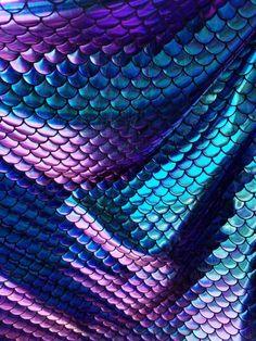 Peers Mermaid Texture Iridescent