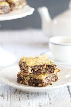 Nutella Baklava - flaky yumminess!!