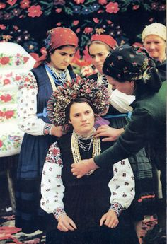 FolkCostume&Embroidery: Overview of the Folk Costumes of Europe, Moldova
