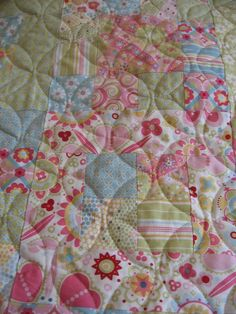 Baby Girl Quilt Daisies Pink Green Blue by MiddleSisterWorks